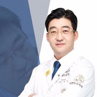 韩国丽珍整形外科医院李硕埈
