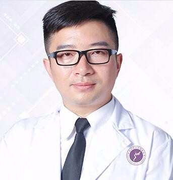 安庆现代医学美容医院周著祖