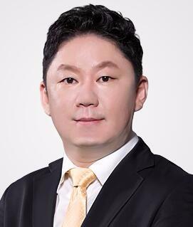 深圳非凡医疗美容医院李寒松
