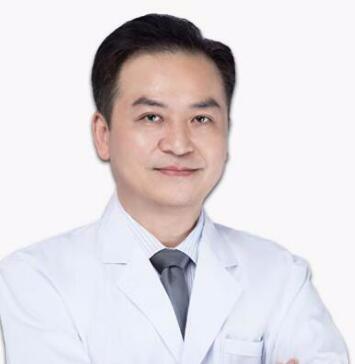 上海逆时针医疗美容门诊部李应