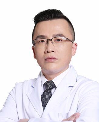 上海鹏爱医疗美容门诊部周毅涛