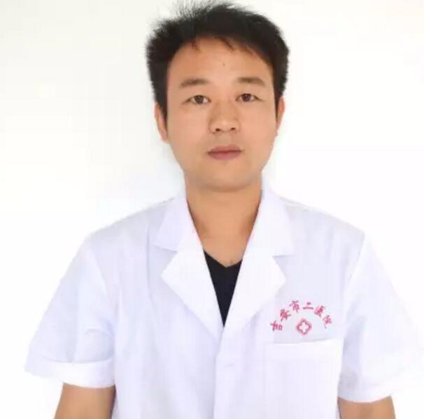 吉安市第二人民医院医学整形美容中心崔亚鹏