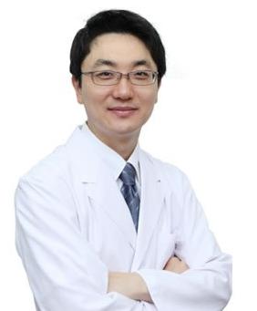 韩国face-line整形医院张铉
