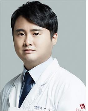 韩国秀美颜(TOP FACE)整容外科李庚九