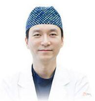 韩国ZN整形外科医院崔铜硕