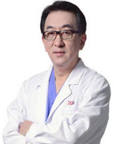 重庆新铜雀台整形美容医院李信奎
