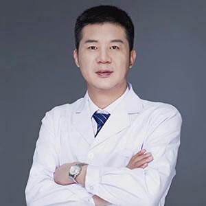 杭州冠美医疗美容诊所吴国勇