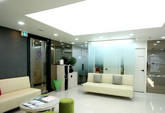 韩国MOTIVE整形外科医院大厅
