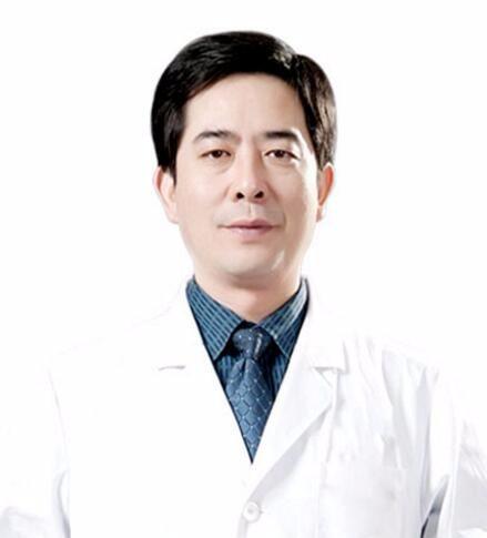 长沙爱思特医疗美容医院胡朝辉