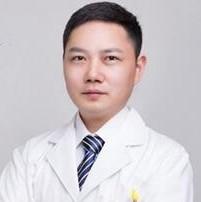 新乡美天医疗美容医院刘战辉