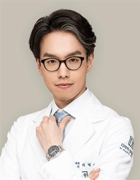 韩国DI整形医院李玟荣