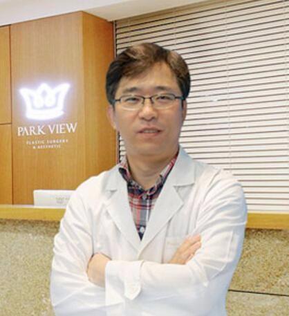 韩国Parkview整形外科医院柳真用