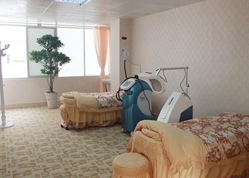 郑州华山整形医院美容室