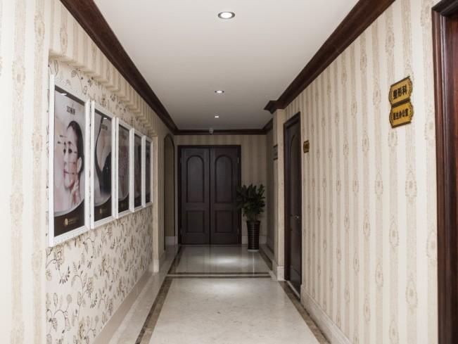 医生办公室走廊