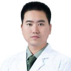 郑州枝蔓医疗美容整形医院李士成