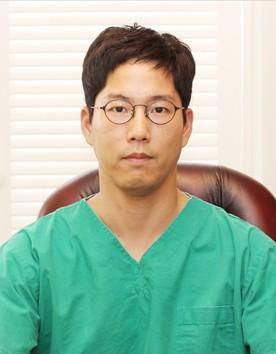 韩国德克莱斯整形医院金范锡