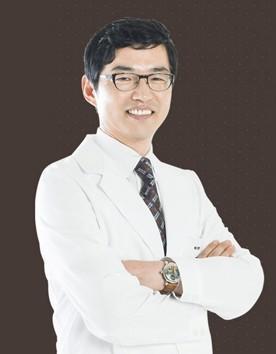 韩国UP2C整形医院梁时刚