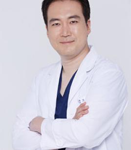 韩国友珍整容外科医院姜泰兆