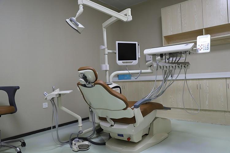 口腔科牙椅