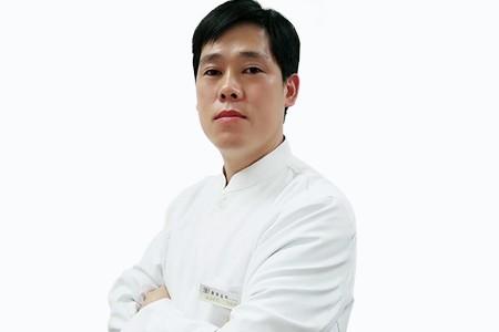 武汉德韩口腔医院吴胜利