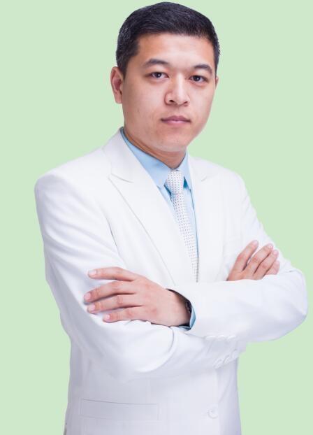 郑州艺龄医疗美容诊所李冰