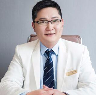 南京艺星医疗美容门诊部吕永全