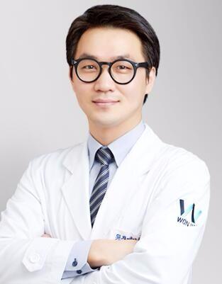 韩国原辰整形外科闵成基