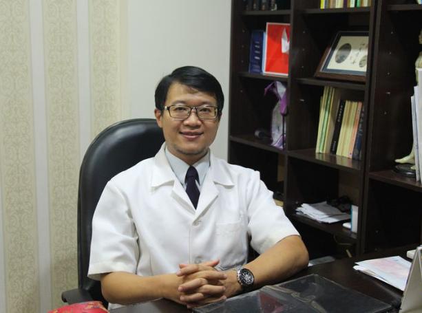 鸡西Dr.W王医生整形外科门诊部詹子升