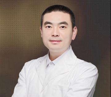 南京美贝尔医疗美容医院余立峰