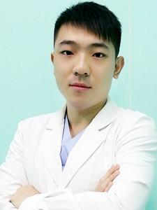 天津伊颂医疗美容门诊部李响