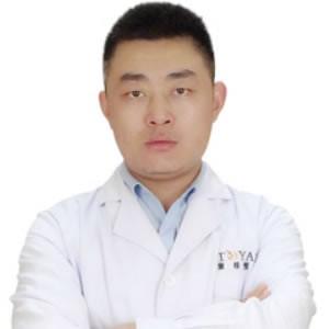 宁波鄞州童颜依美医疗美容门诊翁志宇