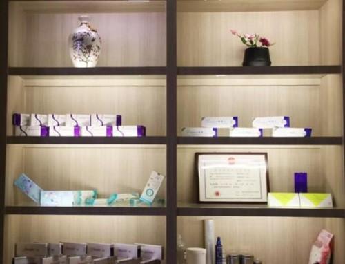 美容产品展柜