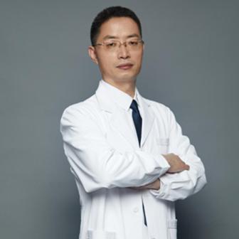 沈阳沈河腾采医疗美容门诊部杨庆峰