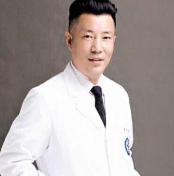 郑东羽中医疗美容诊所马识文