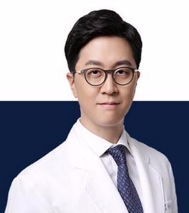 韩国芭堂整形外科医院韩承范