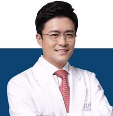 韩国芭堂整形外科医院黄镕硕