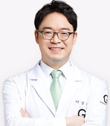 韩国歌柔飞整形医院南相宰