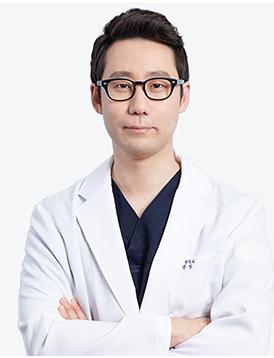 韩国CBK整形外科李元