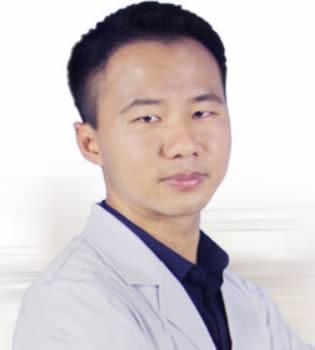 福州海峡美容医院廖小飞