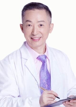 重庆鹏爱医疗美容医院贾晏
