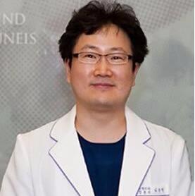 韩国清潭JUNEIS整形外科医院Choi Jun Young