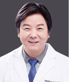 苏州牙博士口腔门诊部刘少华