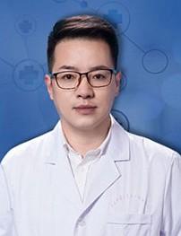 河南中医药大学第一附属医院医疗美容科范浚泽