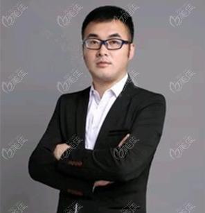北京星灿宫医疗美容门诊部董国强