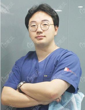 韩国yaan微整形外科医院朴在民