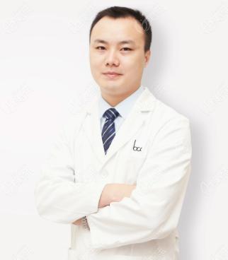 北京丰联丽格医疗美容诊所杨明强