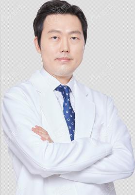 韩国Liting整形外科权泳勋