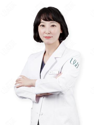 韩国原辰整形外科黄允炷