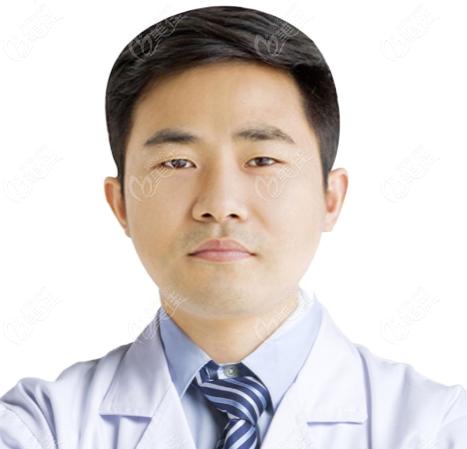 东莞厚街罗恩医疗整形美容门诊部李震