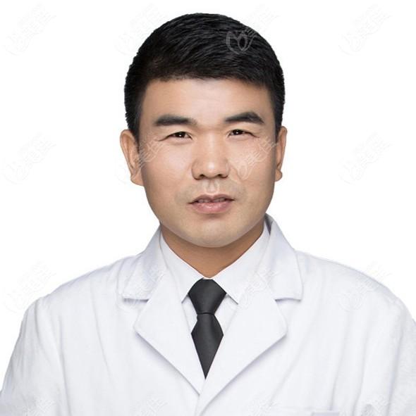 南昌市第十二医院植发科樊鹏飞